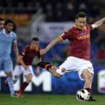 Roma-Lazio 1-1, la capitale non ha un padrone: a Hernanes risponde Totti