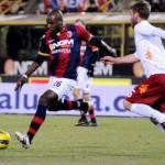 Calciomercato Napoli, Mudingayi: il Bologna lo vuole trattenere a tutti i costi