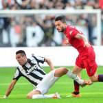 Calciomercato Juventus, comproprietà: Asamoah e Gabbiadini verso il riscatto, Isla corre verso l'Inter
