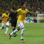 Italia-Brasile 2-4, Giaccherini e Chiellini non bastano: Dante, Neymar e Fred affossano gli Azzurri