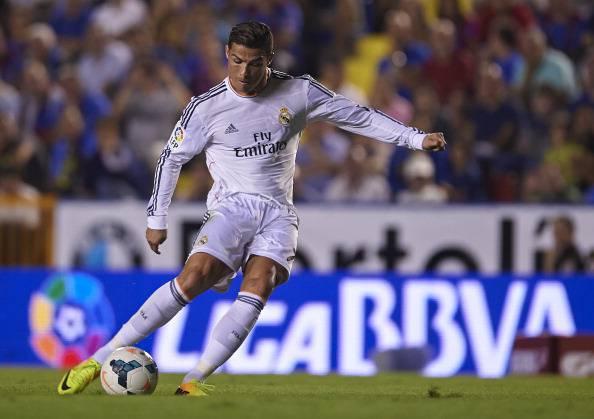 Levante UD v Real Madrid CF - La Liga