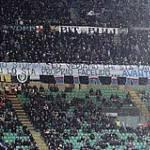 Foto – Inter, la curva Nord si schiera a favore di Mazzarri e critica la società