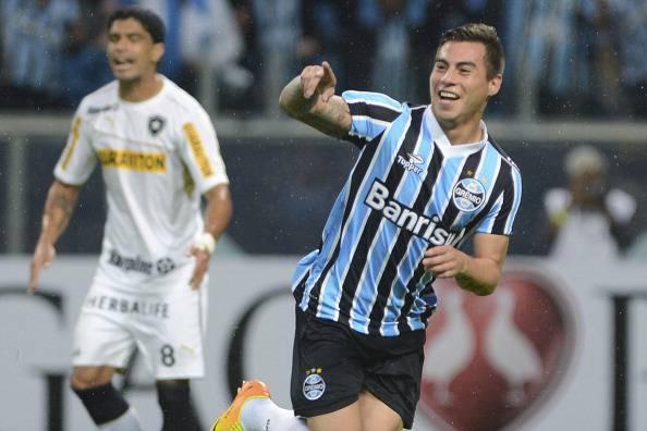 Gremio v Botafogo - Brazilian Serie A