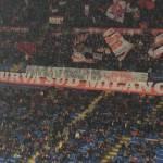 Milan, striscione dei tifosi per Seedorf