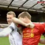 Foto – Liverpool, Gerrard capitano tutto cuore: in lacrime dopo la vittoria contro il Man City!