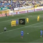 Video – Punizione horror in Spagna: in due sul pallone ma…