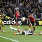 Video – Europa League, Juventus-Benfica 0-0: i bianconeri impattano contro il muro avversario, sfuma il sogno finale