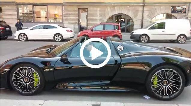 video ibrahimovic ed il suo nuovo bolide ecco la sua nuova porsche 918 in. Black Bedroom Furniture Sets. Home Design Ideas
