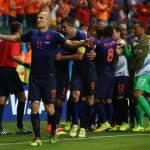 Mondiali 2014, sulla Spagna si abbatte la vendetta orange: l'Olanda ne fa 5