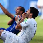 Chiellini accetta le scuse di Suarez: 'Spero che la FIFA riduca la tua squalifica'