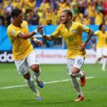 Neymar difende Messi: 'Uno dei migliori tre al Mondiale'. E sul Brasile…