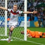 Mondiali 2014, Schurrle e Ozil eliminano l'Algeria: Germania ai quarti, ma che fatica