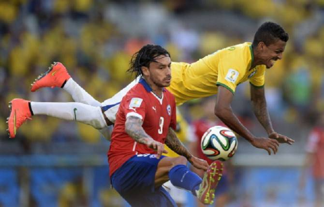 FBL-WC-2014-MATCH49-BRA-CHI
