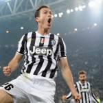Juventus, Lichtsteiner: 'L'intervento è andato bene, spero di tornare presto'