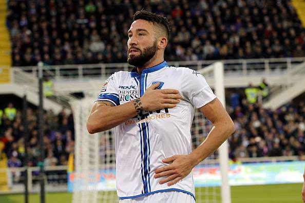 FLORENCE, ITALY - DECEMBER 21: Lorenzo Tonelli of Empoli FC celebrates after scoring a goal during the Serie A match betweeen ACF Fiorentina and Empoli FC at Stadio Artemio Franchi on December 21, 2014 in Florence, Italy.  (Photo by Gabriele Maltinti/Getty Images)