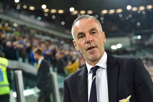 "Lazio's coach Stefano Pioli looks on before the Italian Serie A football match Juventus vs Lazio at ""Juventus Stadium"" in Turin on April 18, 2015.      AFP PHOTO / GIUSEPPE CACACE        (Photo credit should read GIUSEPPE CACACE/AFP/Getty Images)"