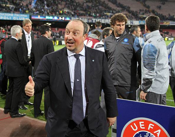 NAPLES, ITALY - APRIL 23: Rafael Benitez Coach of SSC Napoli celebrate the victory after the UEFA Europa League quarter-final second leg match between SSC Napoli and VfL Wolfsburg on April 23, 2015 in Naples, Italy.  (Photo by Francesco Pecoraro/Getty Images)