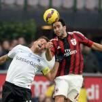 Milan, Adil Rami chiarisce: 'Notizia falsa su di me, ho una pubalgia'
