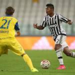 Calciomercato Juventus: il Manchester City pensa ad Alex Sandro