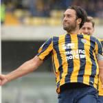 Hellas Verona, tegola Toni: l'attaccante sarà operato al collaterale del ginocchio sinistro