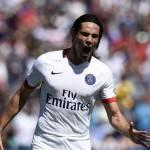 Calciomercato Juventus, offerta per Cavani: Lukaku e Benteke le alternative