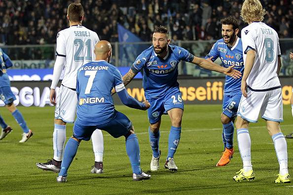 EMPOLI, ITALY - NOVEMBER 29: Lorenzo Tonelli of Empoli FC celebrates after scoring a goal during the Serie A match between Empoli FC and SS Lazio at Stadio Carlo Castellani on November 29, 2015 in Empoli, Italy. (Photo by Gabriele Maltinti/Getty Images)