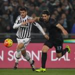 Lazio-Juventus 0-1, la legge del gol dell'ex colpisce i biancocelesti: decide Lichtsteiner