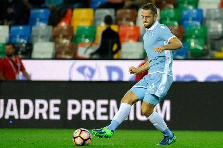 Lazio News, tegola De Vrij: due mesi di stop, out anche Milinkovic-Savic