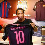 Mercato Estero, Ronaldinho torna in campo? Offerta arrivata