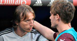 Modric e Halilovic (Getty Images)