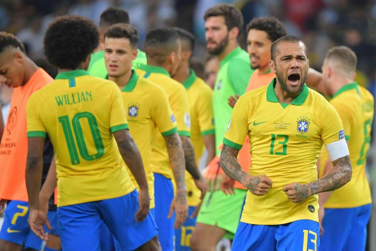 Dani Alves calciomercato inter juventus
