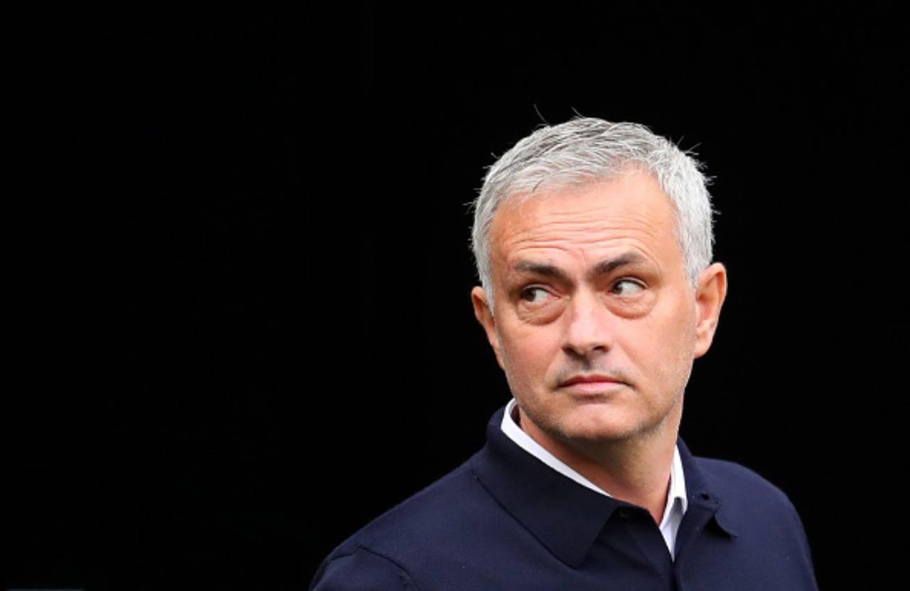 Calciomercato mourinho Inter dalla Spagna Godin vuole tornare all'Atletico Madrid a gennaio Idea Vertonghen del Tottenham di Mourinho per sostituirlo
