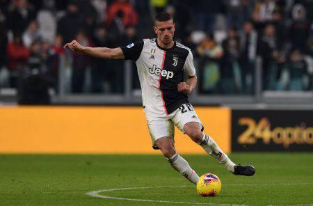 Calciomercato Juventus, l'annuncio a sorpresa di Paratici