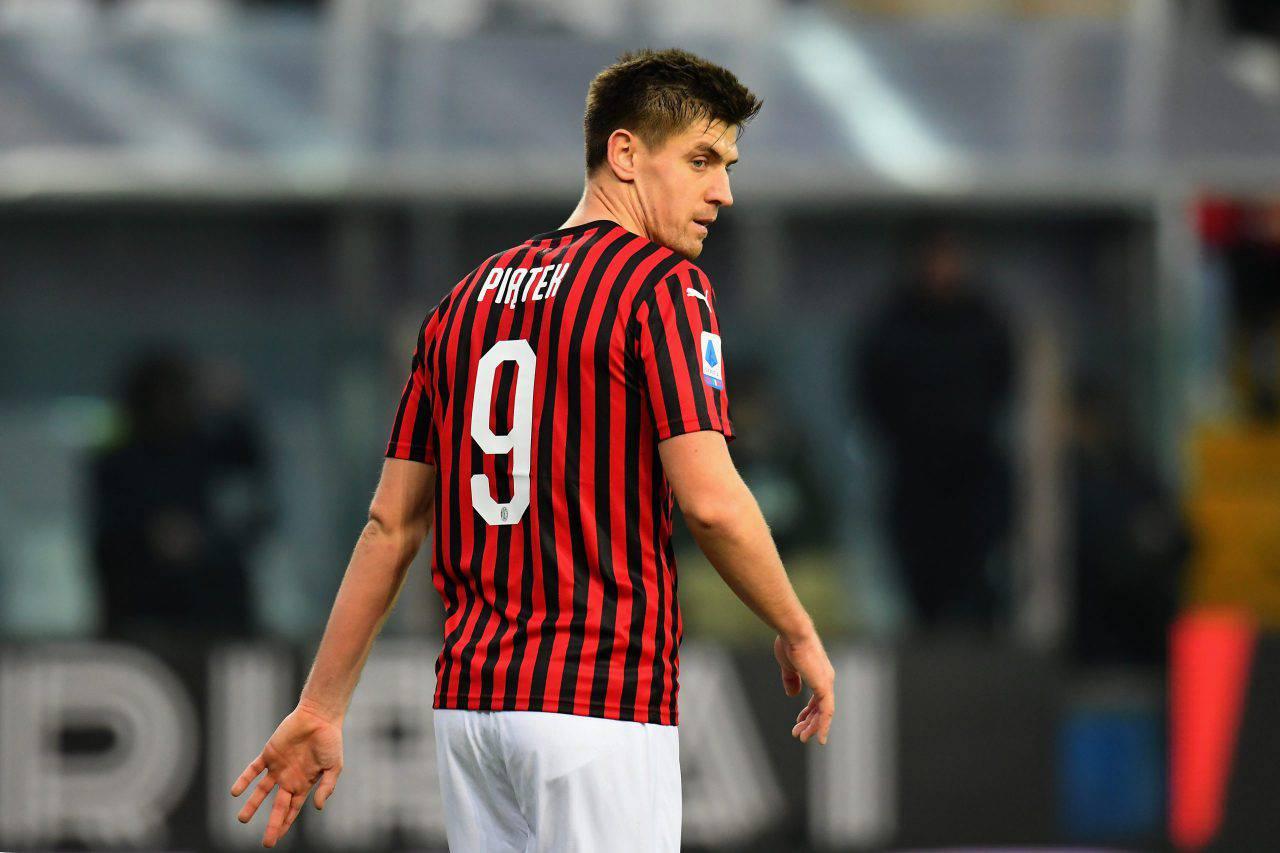Calciomercato Milan Piatek addio Milan