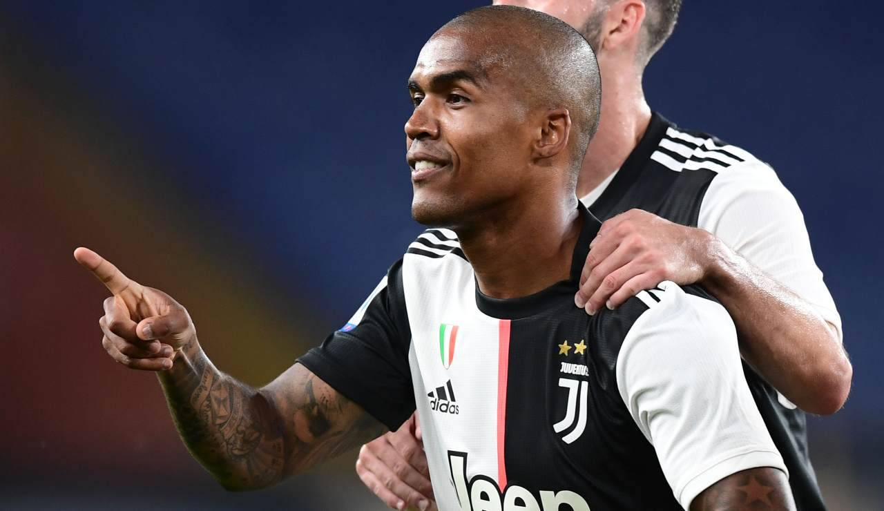 Juventus Douglas Costa Under