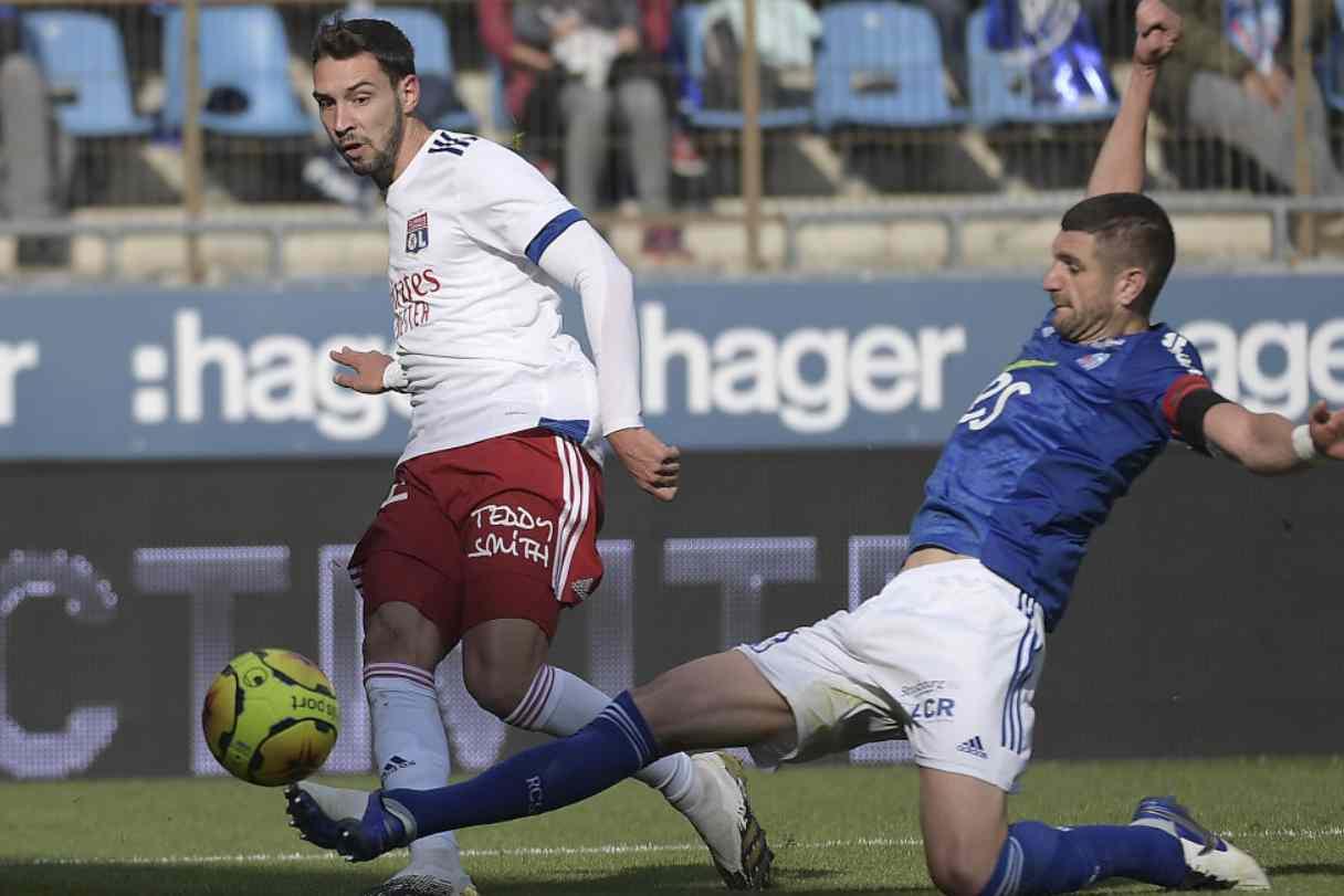 Calciomercato Juventus, annuncio De Sciglio | Scambio per Aouar