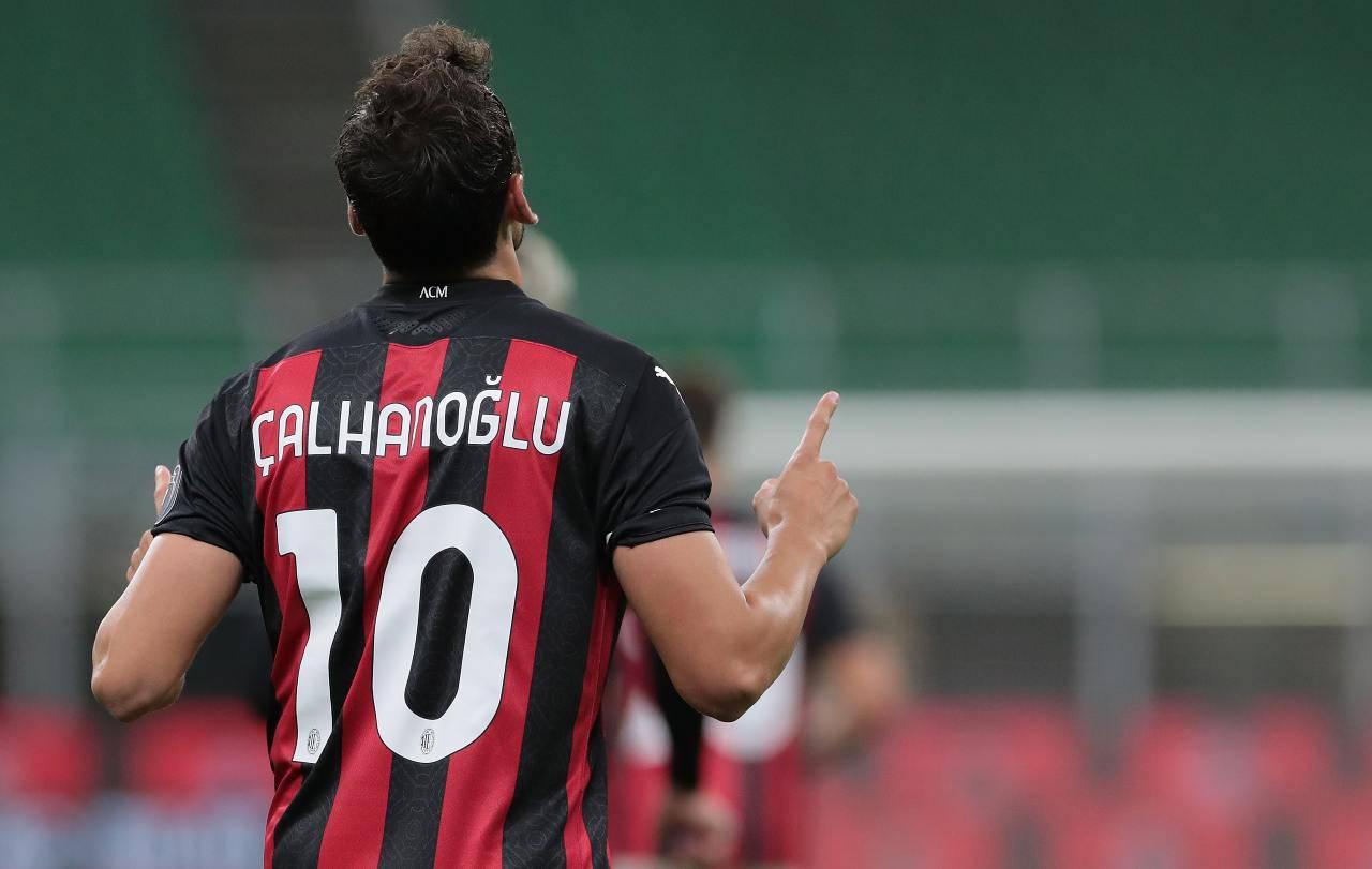 Calhanoglu Borussia