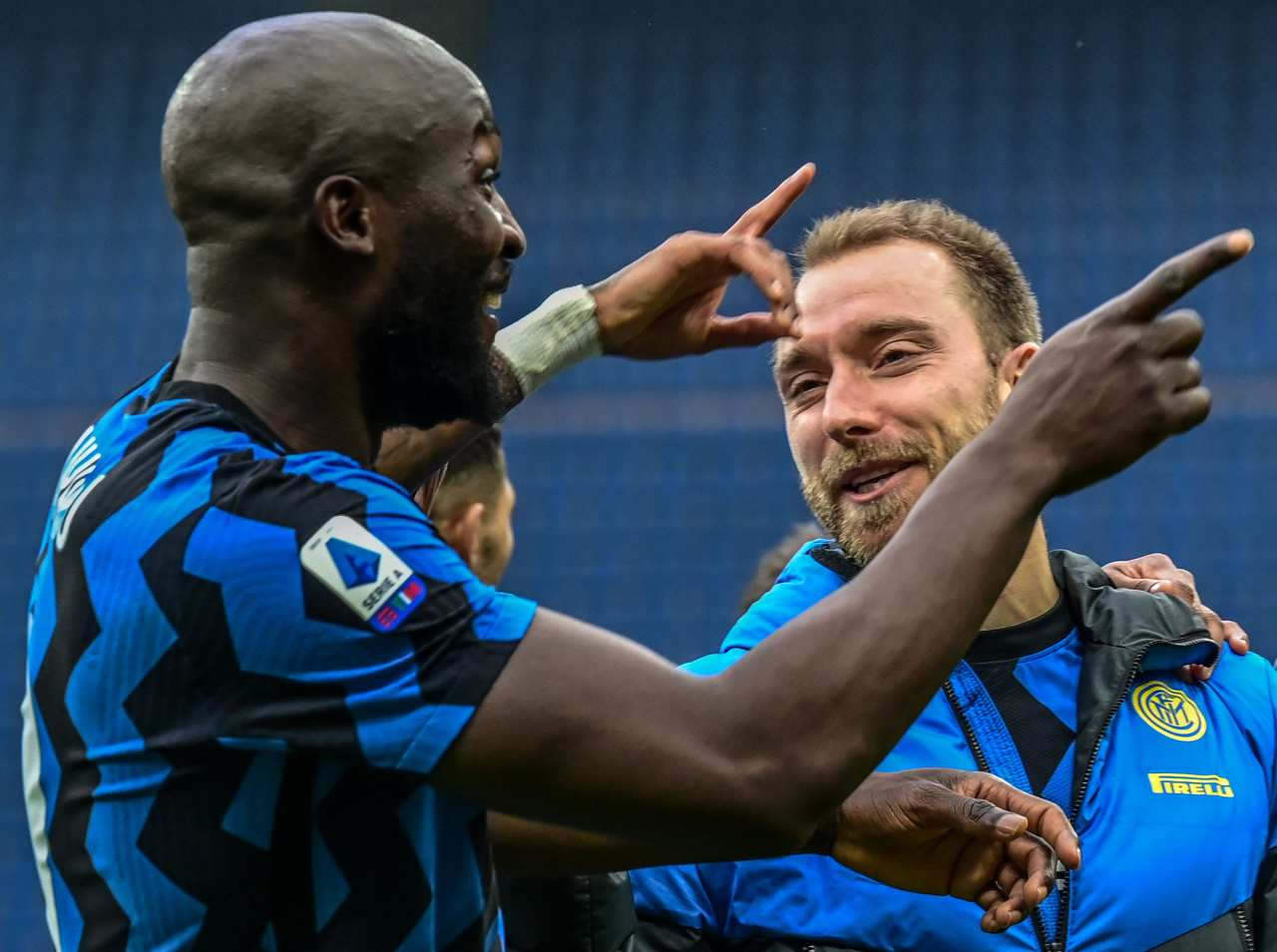 Inter, super Lukaku nel derby contro il Milan | Sale il prezzo