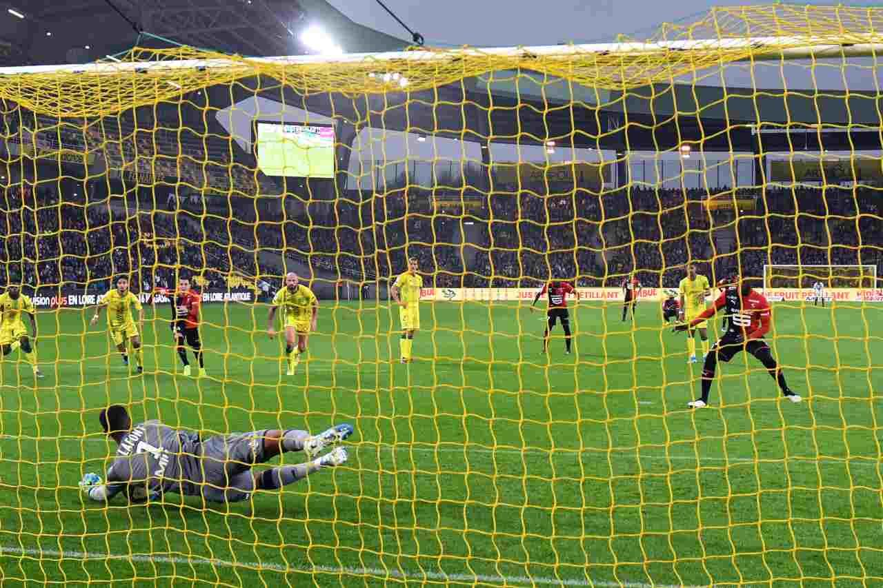 Calciomercato, il Nantes esonera Domenech! Gli aggiornamenti