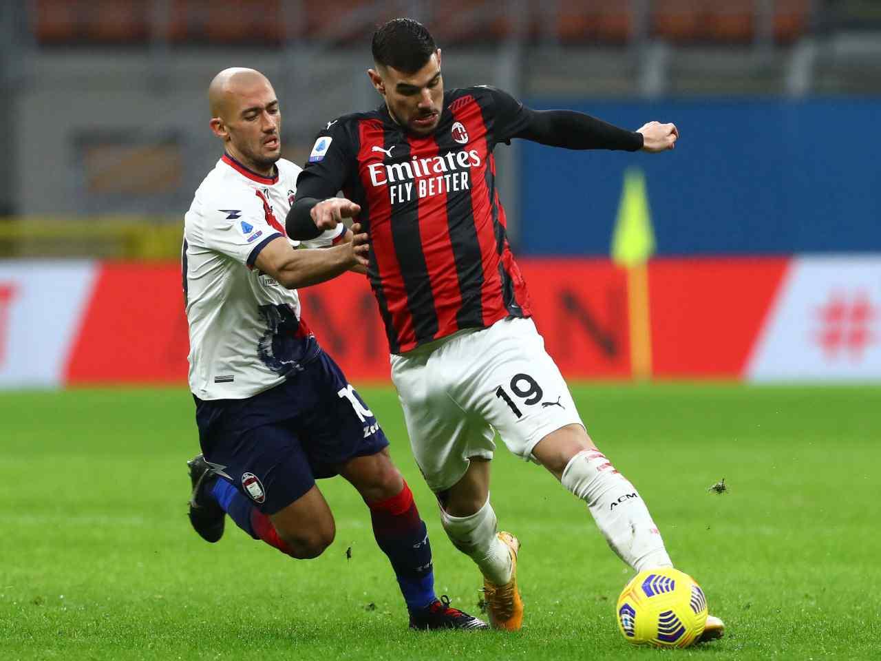 Calciomercato Milan, Theo Hernandez può partire | Il fattore decisivo