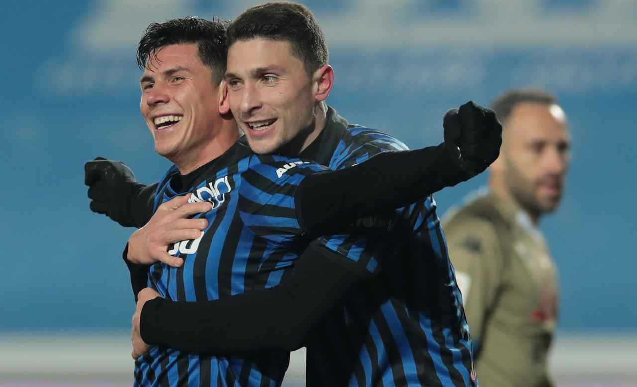 Calciomercato Milan, niente riscatto per Caldara | Scambio in Serie A