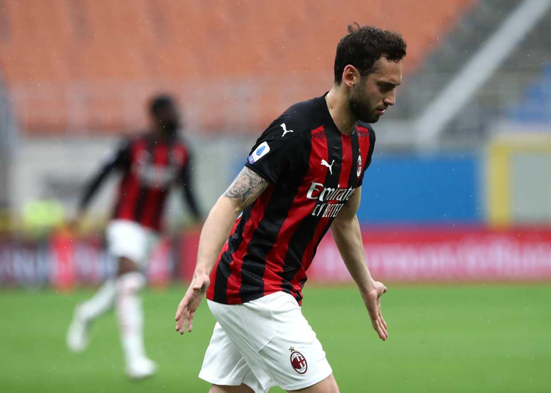 Milan Calhanoglu calciomercato