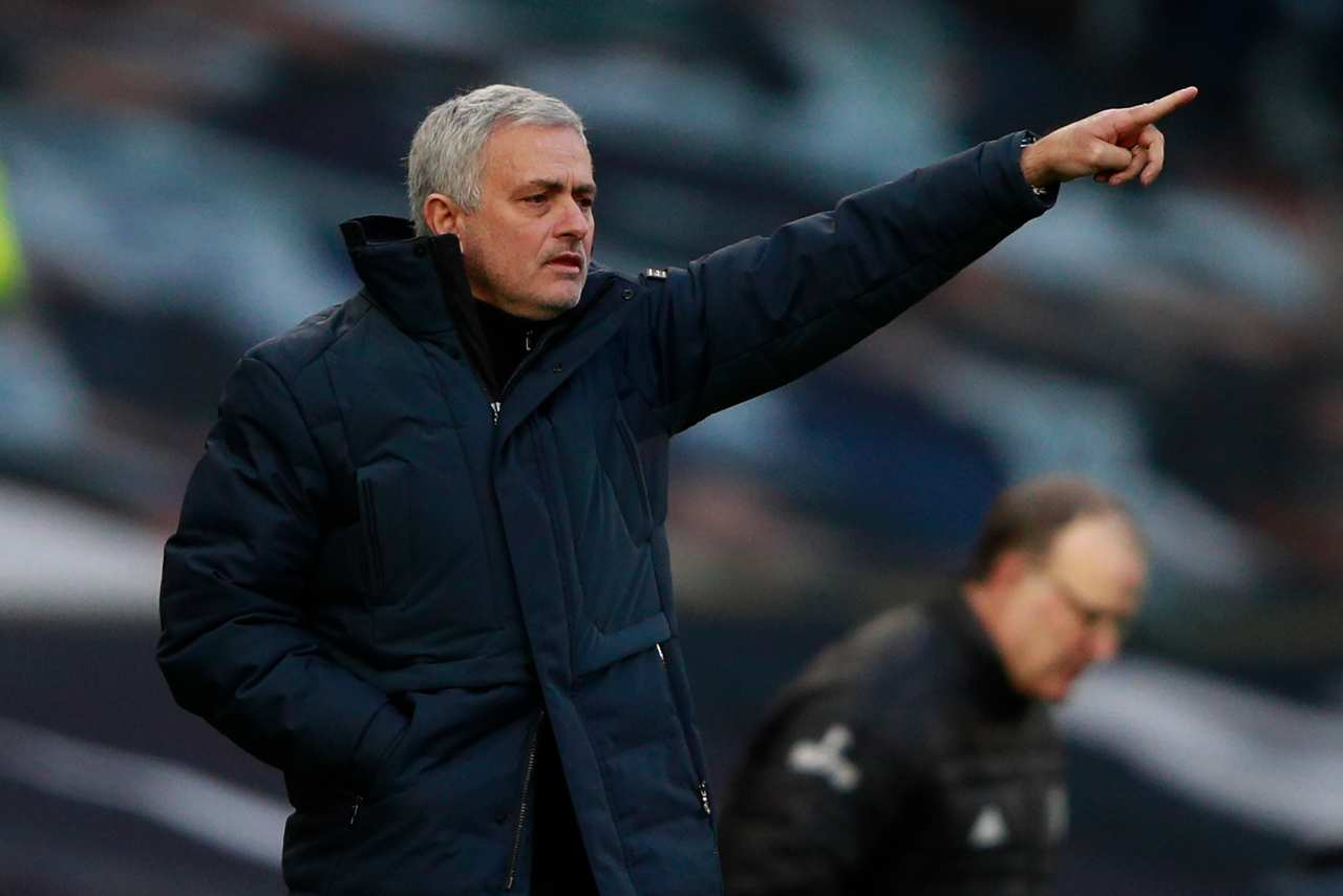 Calciomercato, Juventus in pole nella corsa a Mourinho | I dettagli