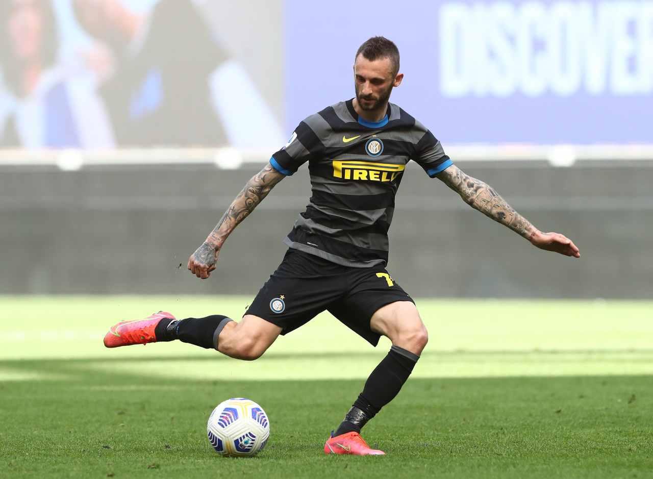 Calciomercato Inter, scambio Brozovic-Van de Beek