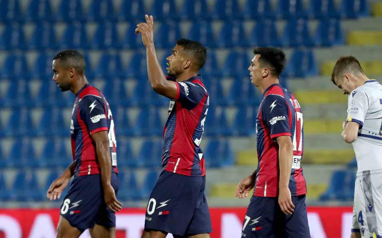 Crotone Hellas Verona Serie A 2-1