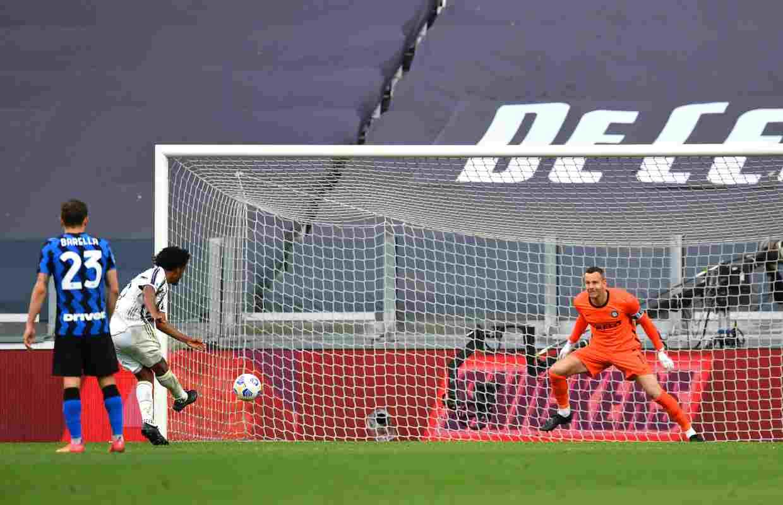 Juventus Inter Cuadrado rigore Champions League
