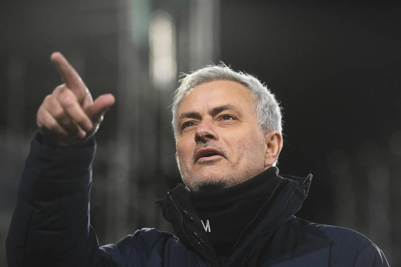 Roma Juventus PSG Icardi Smalling Pellegrini Villar Mourinho