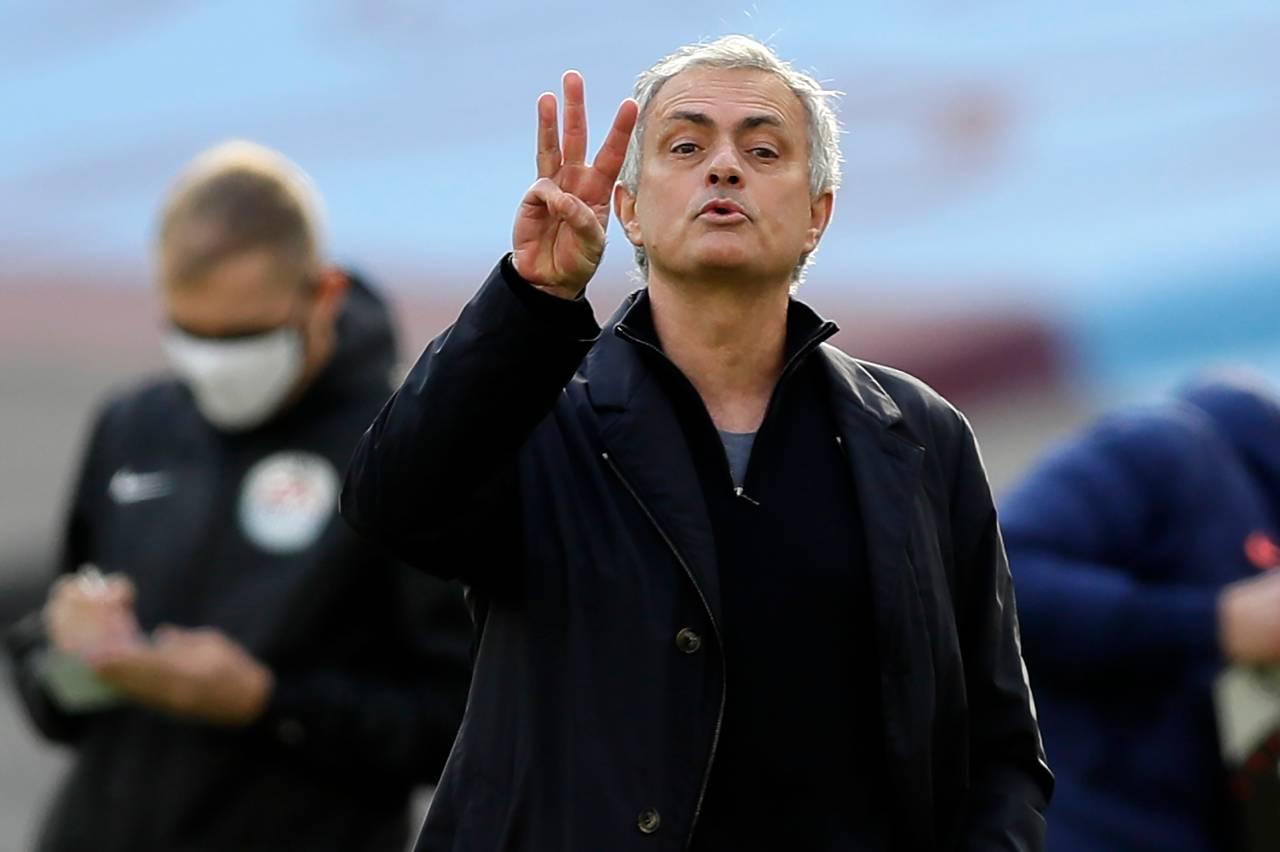 Calciomercato Milan, colpo Henderson | Lo 'zampino' di Mourinho