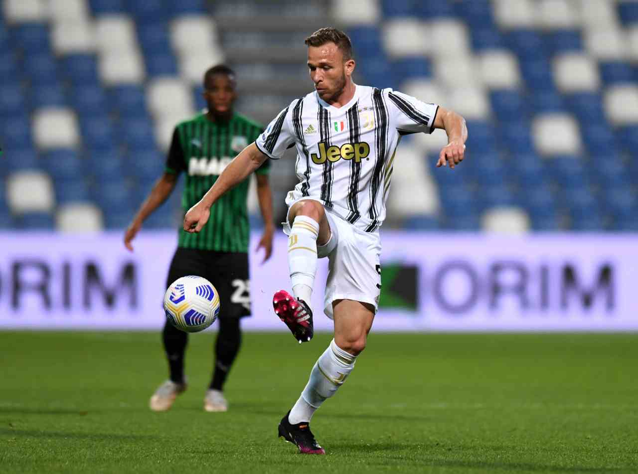 Juventus, Arthur in campo fra 3 mesi