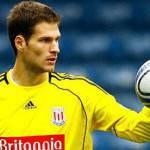 Video – Gol incredibile del portiere Begovic! Segna con un rilancio e dopo 12 secondi